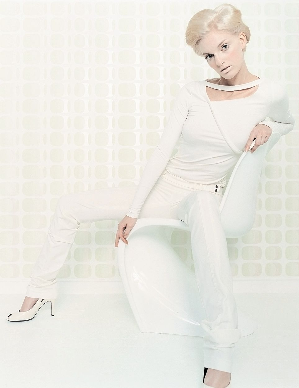 fashion sixties white